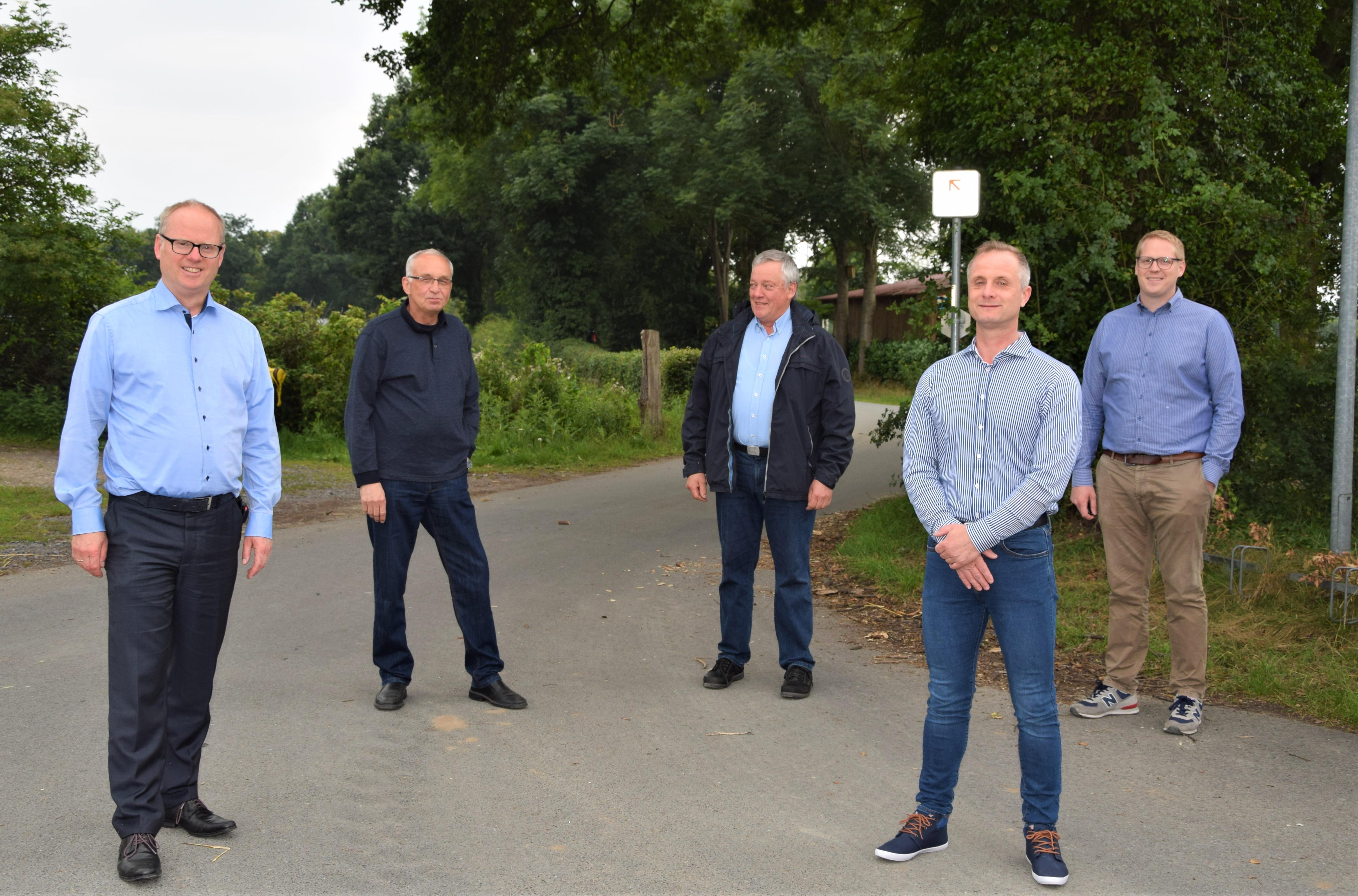 (v.l.n.r.): Mathias Krümpel (CDU-Landratskandidat), Michael Stehr, Gerhard Schomberg (CDU-Vorsitzender), Andreas Effing (Kreistagskandidat), Gary Rottmann